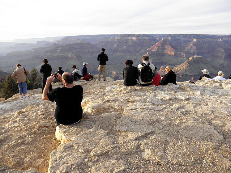 World Travel Photos :: USA - Arizona - Grand Canyon :: Arizona. Grand Canyon - a waiting for the sunset