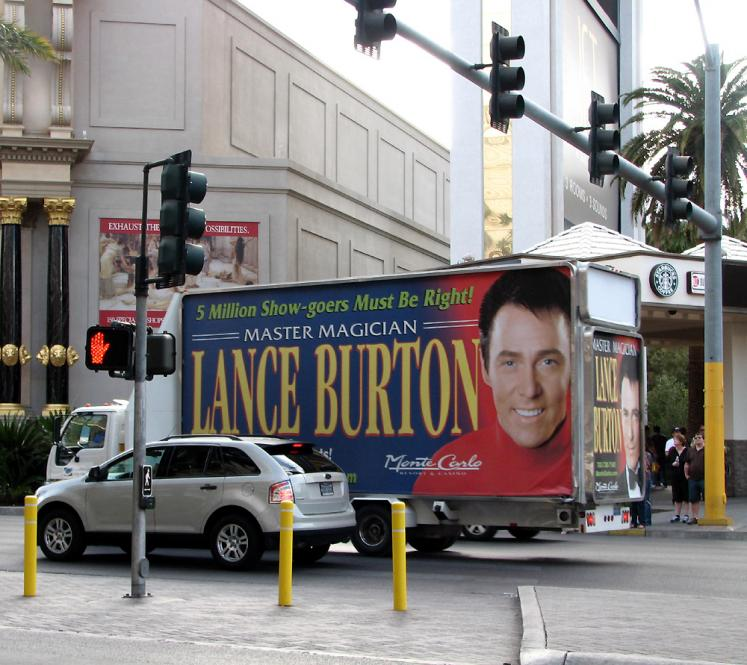 World Travel Photos :: Shows :: Las Vegas. Lance Burton magic show