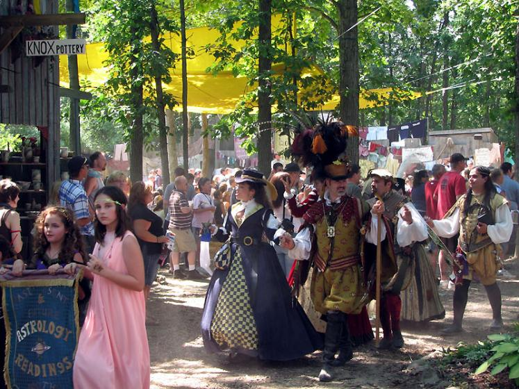 World Travel Photos :: Costumes :: Michigan. Renaissance Festival
