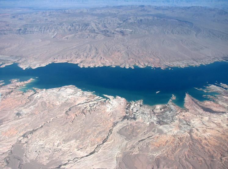 World Travel Photos :: Aerial views :: Colorado river - a view from the airplane