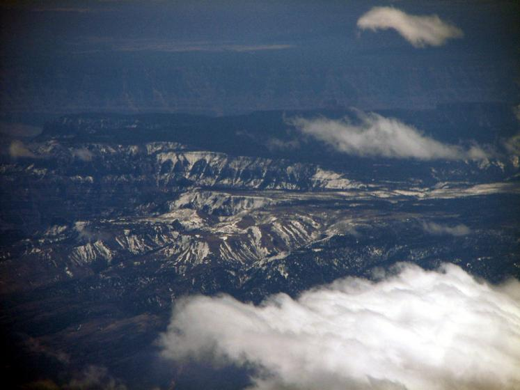 World Travel Photos :: Aerial views :: View from the airplane on Rocky Mountains