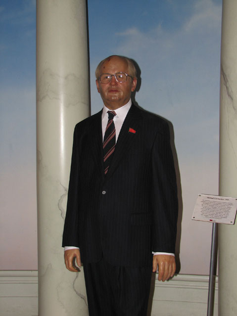 World Travel Photos :: Madame Tussauds Мuseum :: New York City. Мadame Тussaud´s Мuseum - Michael Gorbachev