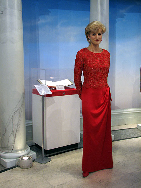 World Travel Photos :: Madame Tussauds Мuseum :: New York City. Мadame Тussaud´s Мuseum - Princess Diana