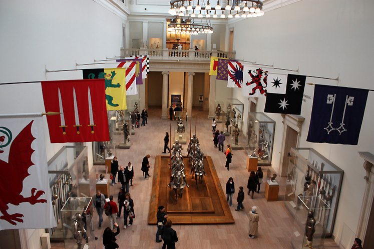 World Travel Photos :: USA - New York City :: New York City. Metropolitan Museum of Arts - Arms and Armor exhibition