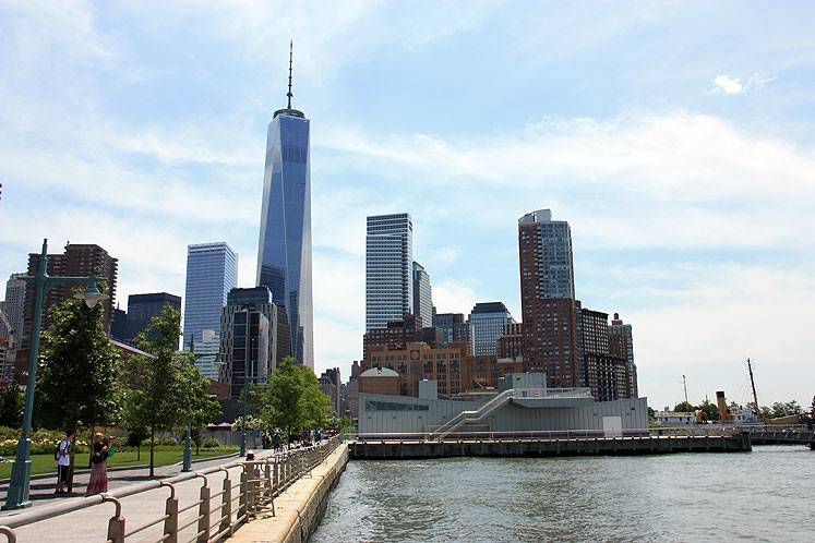 World Travel Photos :: World Trade Center :: NYC. 9/11 Memorial & Museum