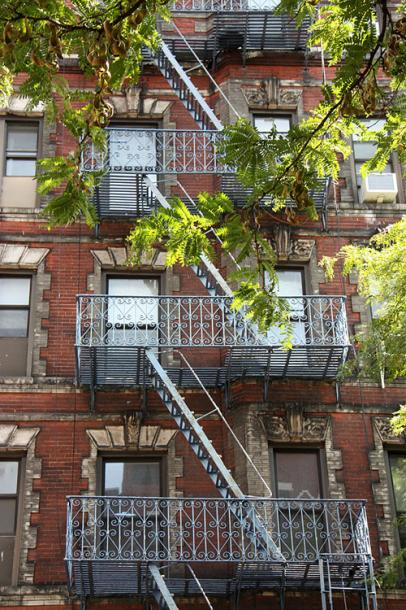 World Travel Photos :: USA - New York City :: NYC. A residential building in SOHO