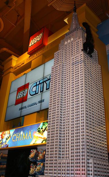 World Travel Photos :: USA - New York City :: New York City. A Lego model in Toys R Us of the Impire State Building with King-Kong at the top