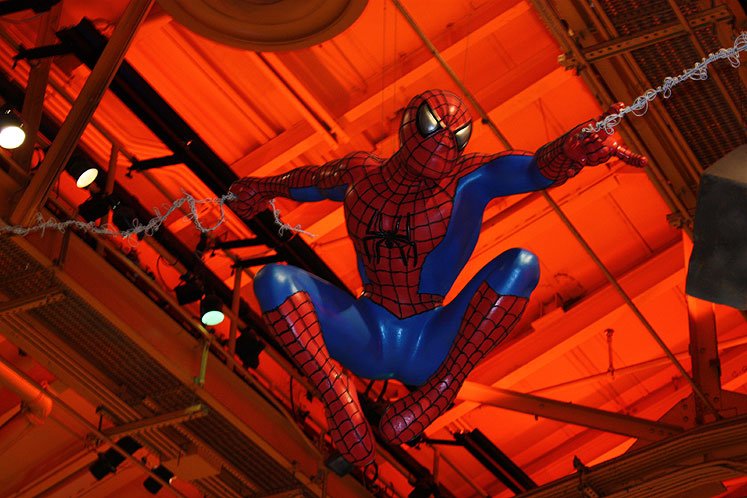 World Travel Photos :: USA - New York City :: New York City. An amazing spiderman in Toys R Us on Times Square