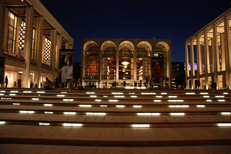 World Travel Photos :: Night views :: New York City - Lincoln Square, Metropolitan Opera Building