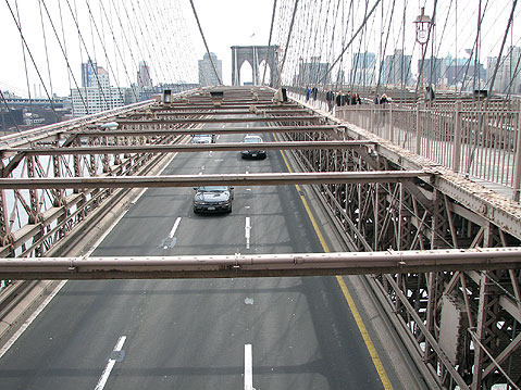 World Travel Photos :: Brooklyn Bridge :: New York City. Traffic on Brooklyn Bridge