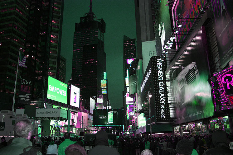 World Travel Photos :: USA - New York City :: New York City - neon lights of the Times Square