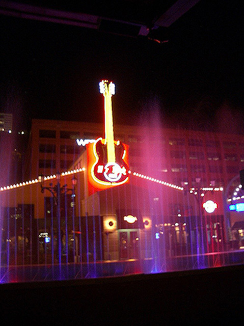 USA - Pittsburgh :: Hard Rock Cafe and Fountains :: Travel ...