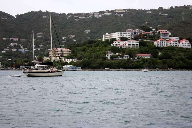 World Travel Photos :: USA - Virgin Islands :: St. Thomas - a harbour view