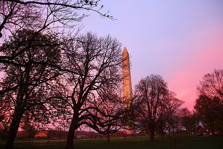 World Travel Photos :: visitor :: Early sunset in Washington, DC